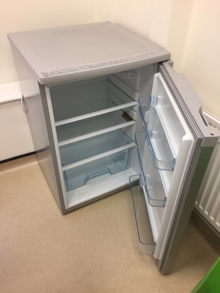 Logik Undercounter Fridge/Refrigerator 133L Silver