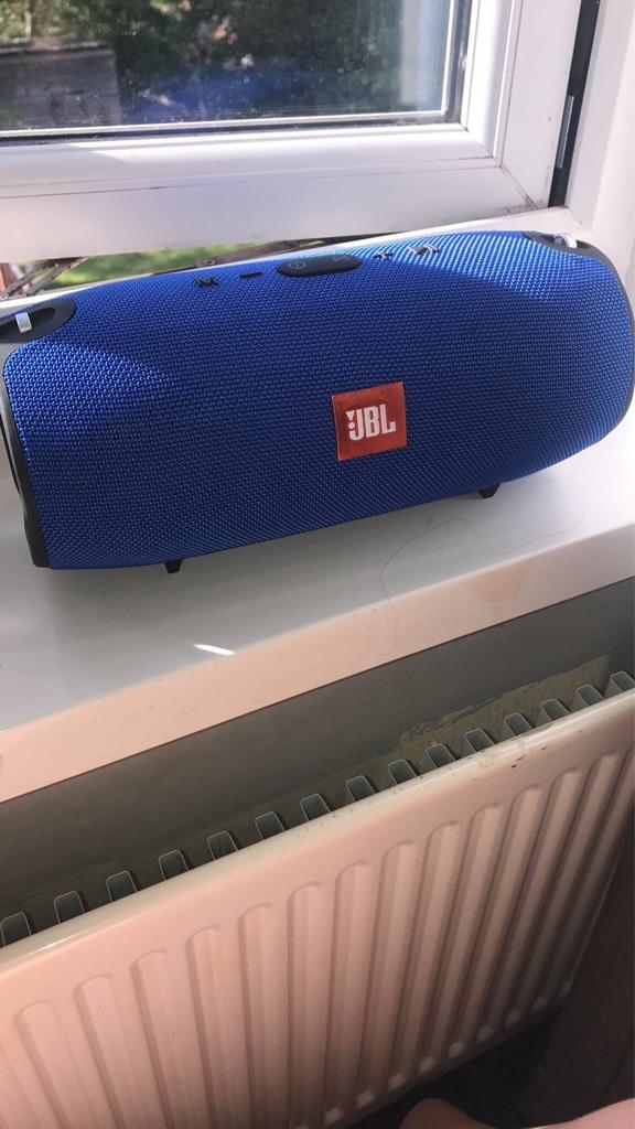 Jbl xtreme speaker Bluetooth