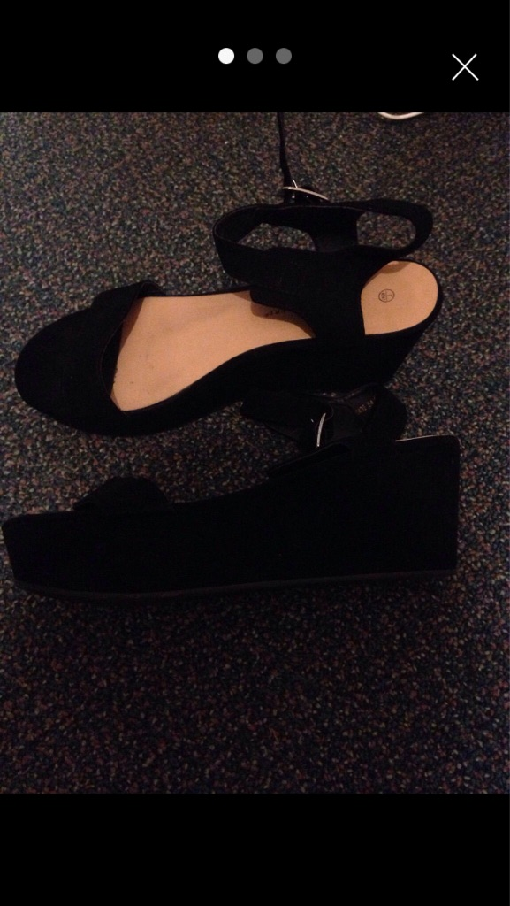 Black size 7 shoe Sandal wedge