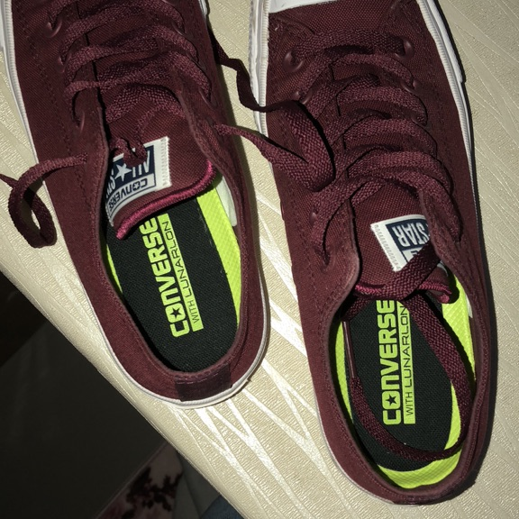 Converse burgandy All-star shoes