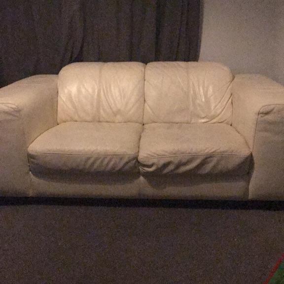 Incredible Cream 2 Seater Leather Sofa Dailytribune Chair Design For Home Dailytribuneorg