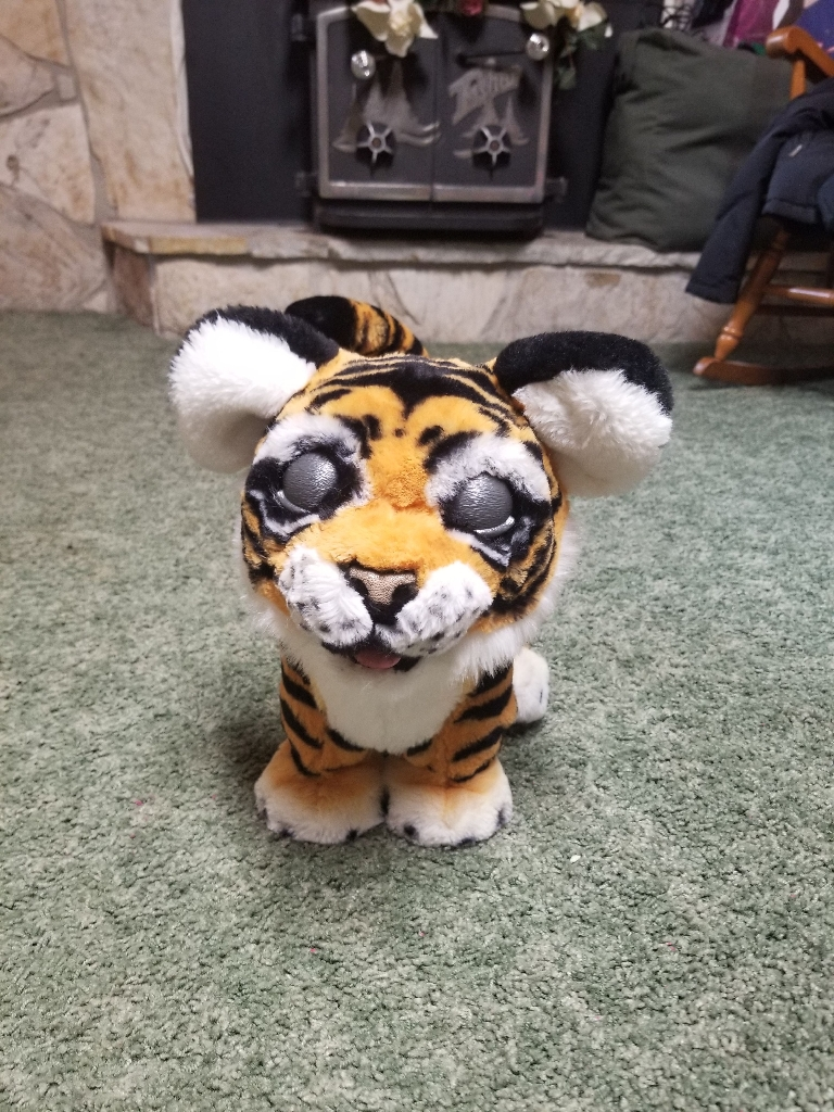 Fur Real Roarin Tyler, the playful tiger