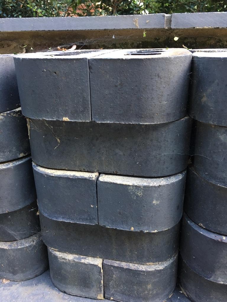 Double round edge engineering bricks for