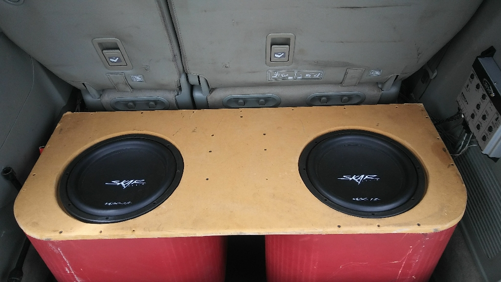 "Skar Audio Subwoofer 12"" and AQ Amp"