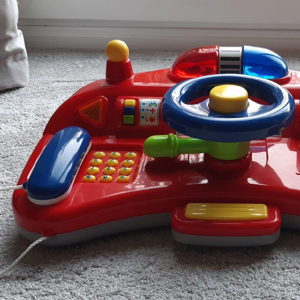 Children's play vehicle