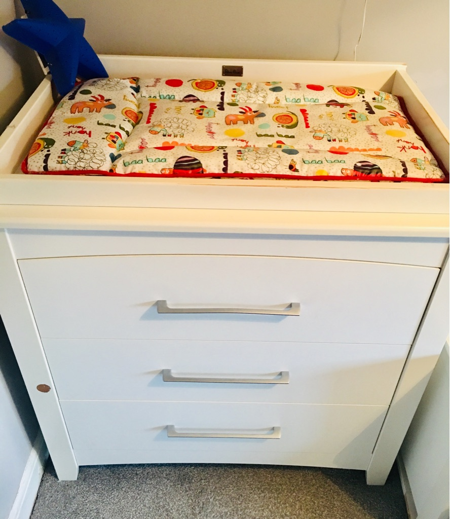 Silver Cross baby changer/ drawers