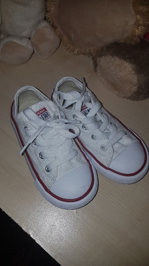Kids white converse