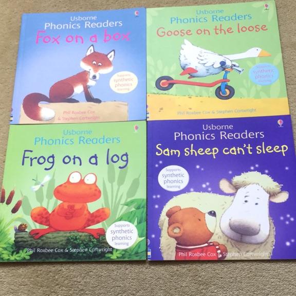 Usborne Phonics Readers books x4