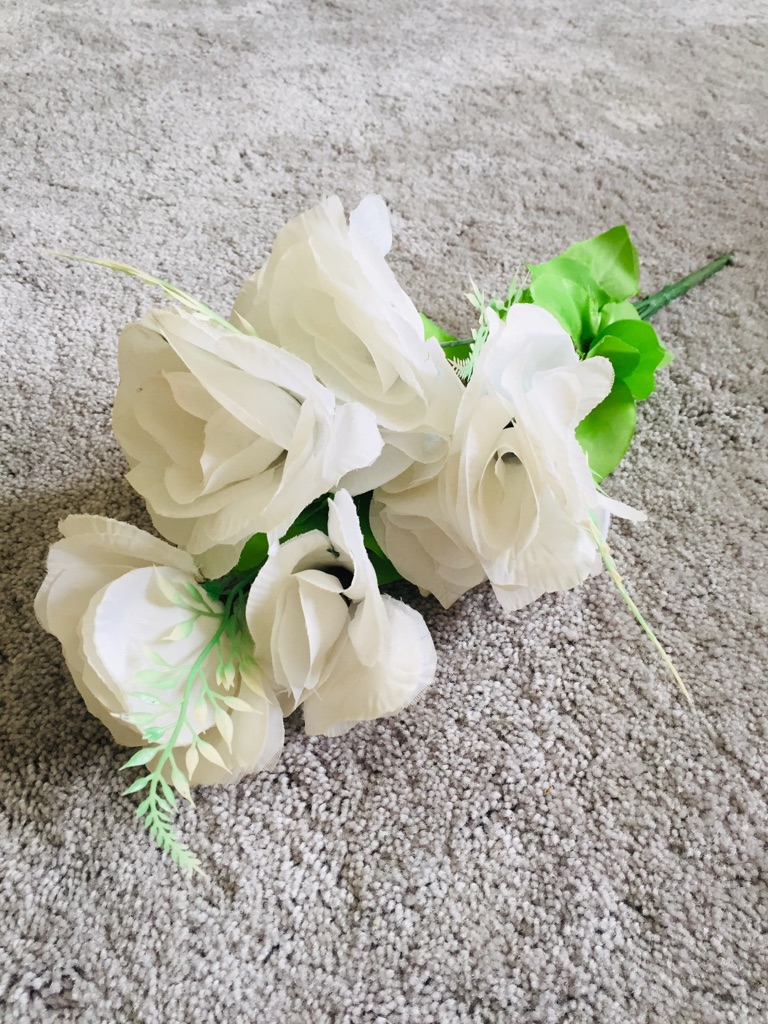 White artificial roses bunch