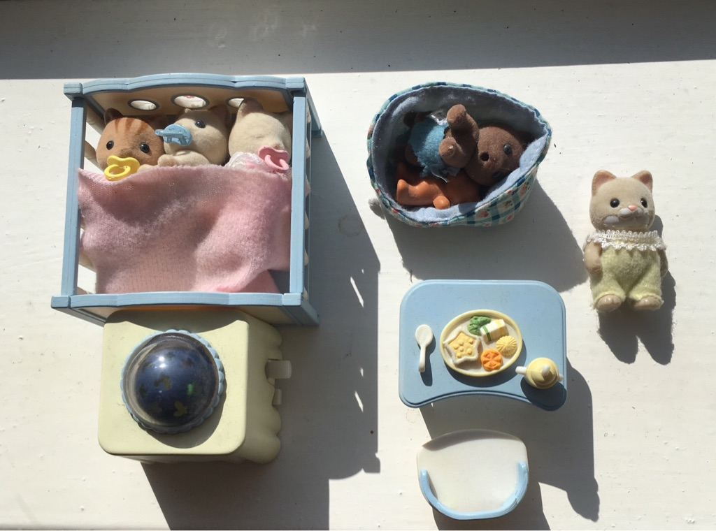 Slyvanian Families Baby Figures