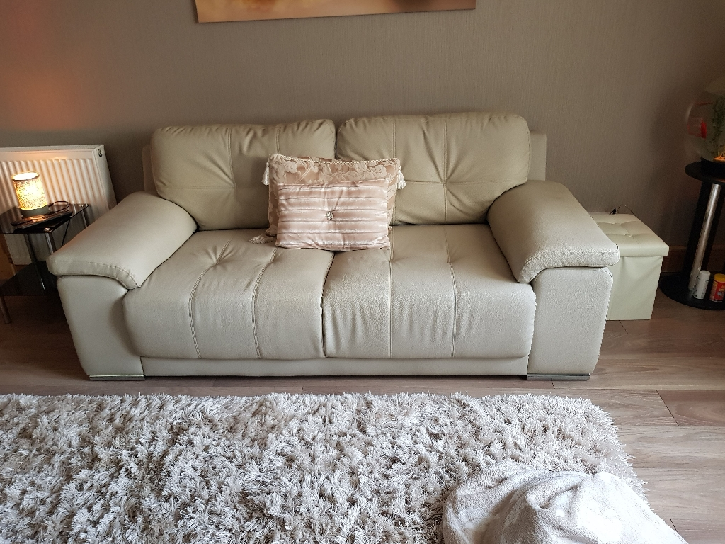 3seater and 2seater cream leather sofa