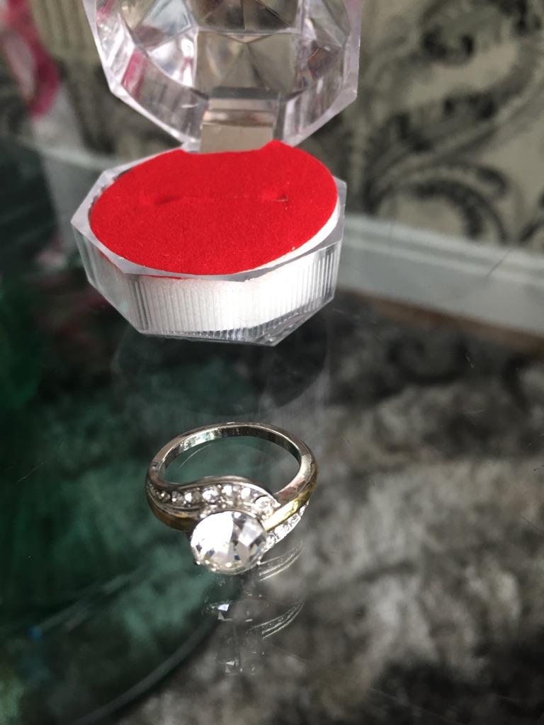 Fashion topaz rings 6&7