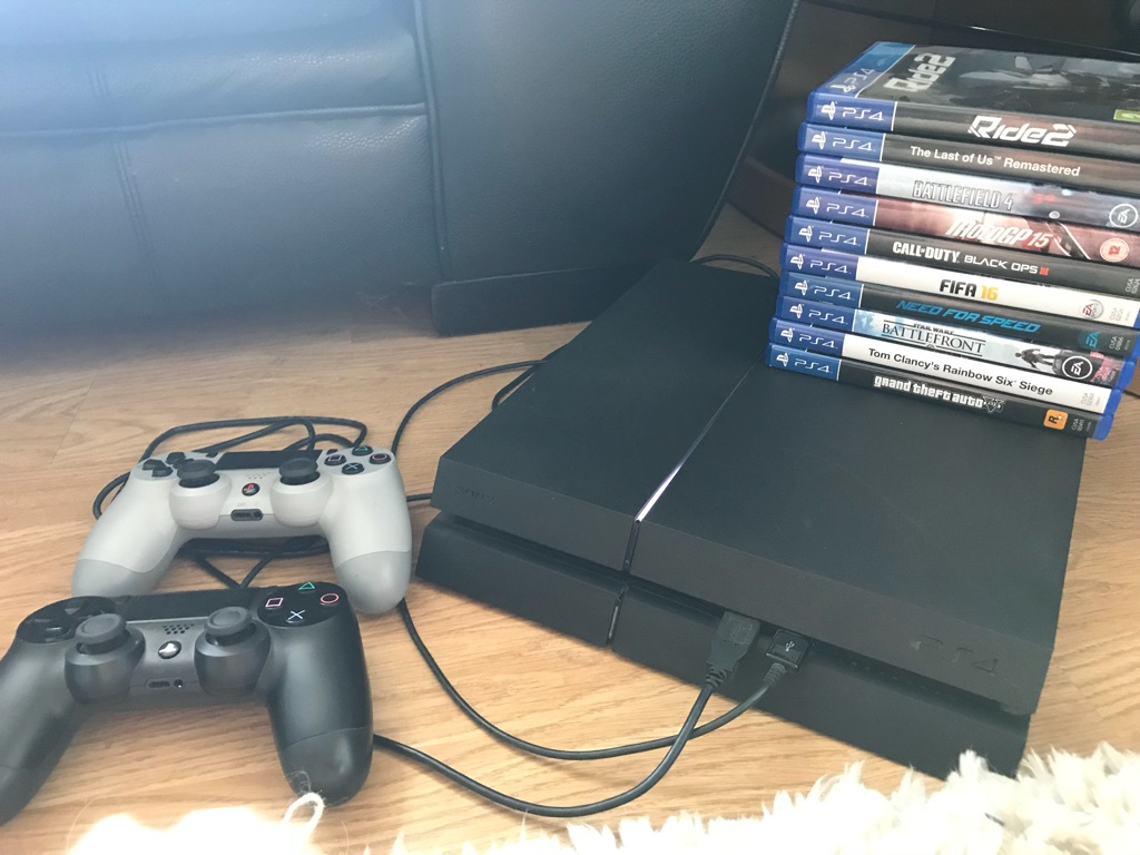 PS4 PlayStation 4 Console, Controllers & Games