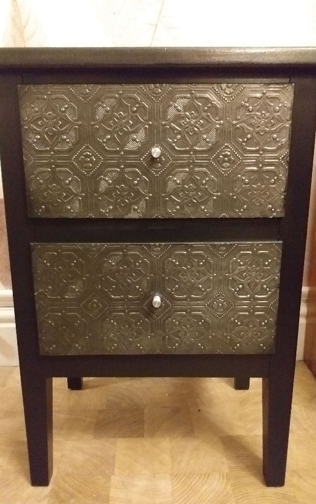 new style eb672 bdf45 Small set of drawers/ bedside cabinet black silver