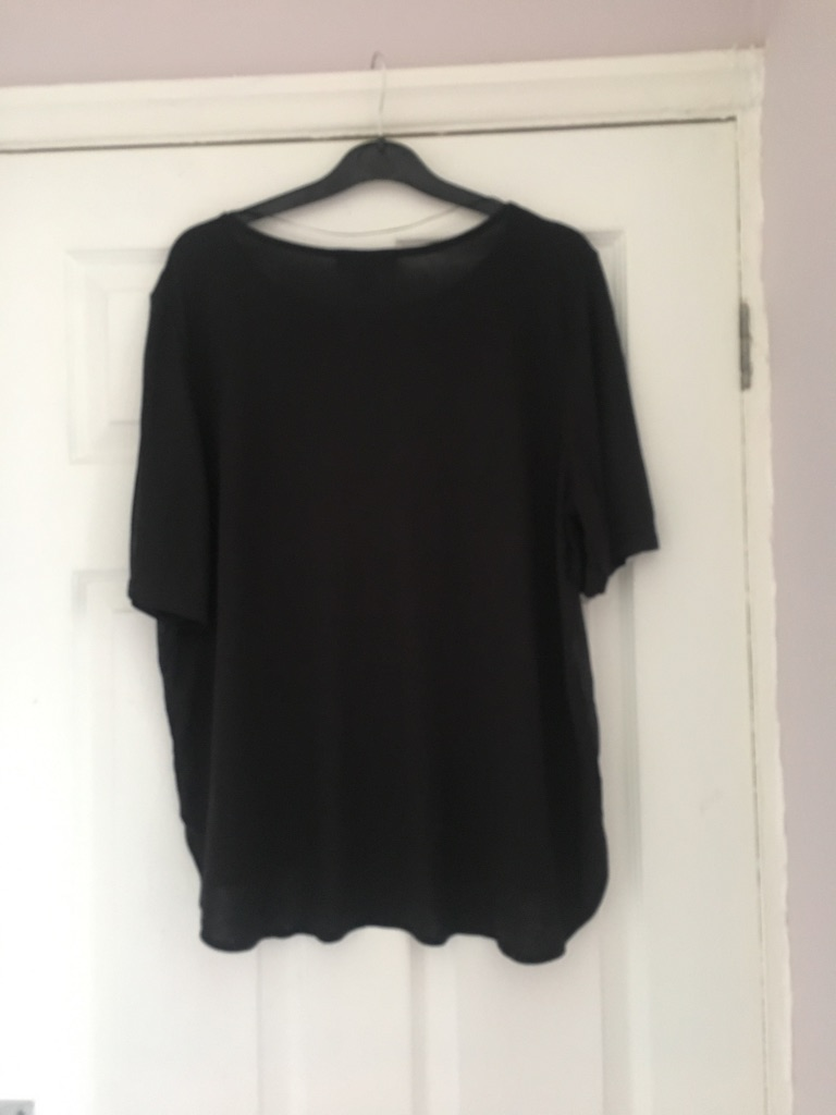 Ladies Black T from Atmosphere Size 16 Excellent Condition (postage available)