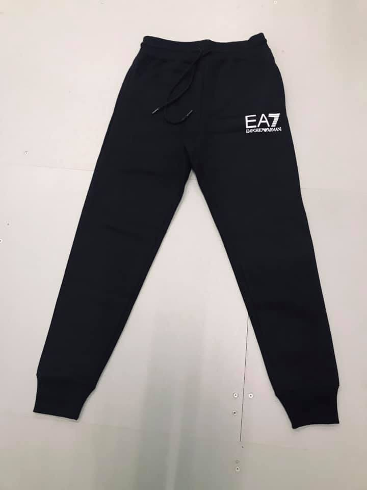 Any brand Tracksuit ( Top & Bottom )