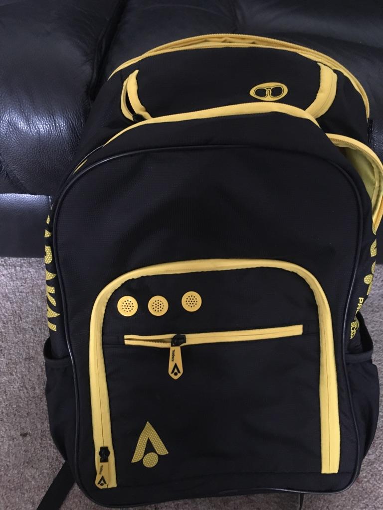 Karakal tennis racquet and bag