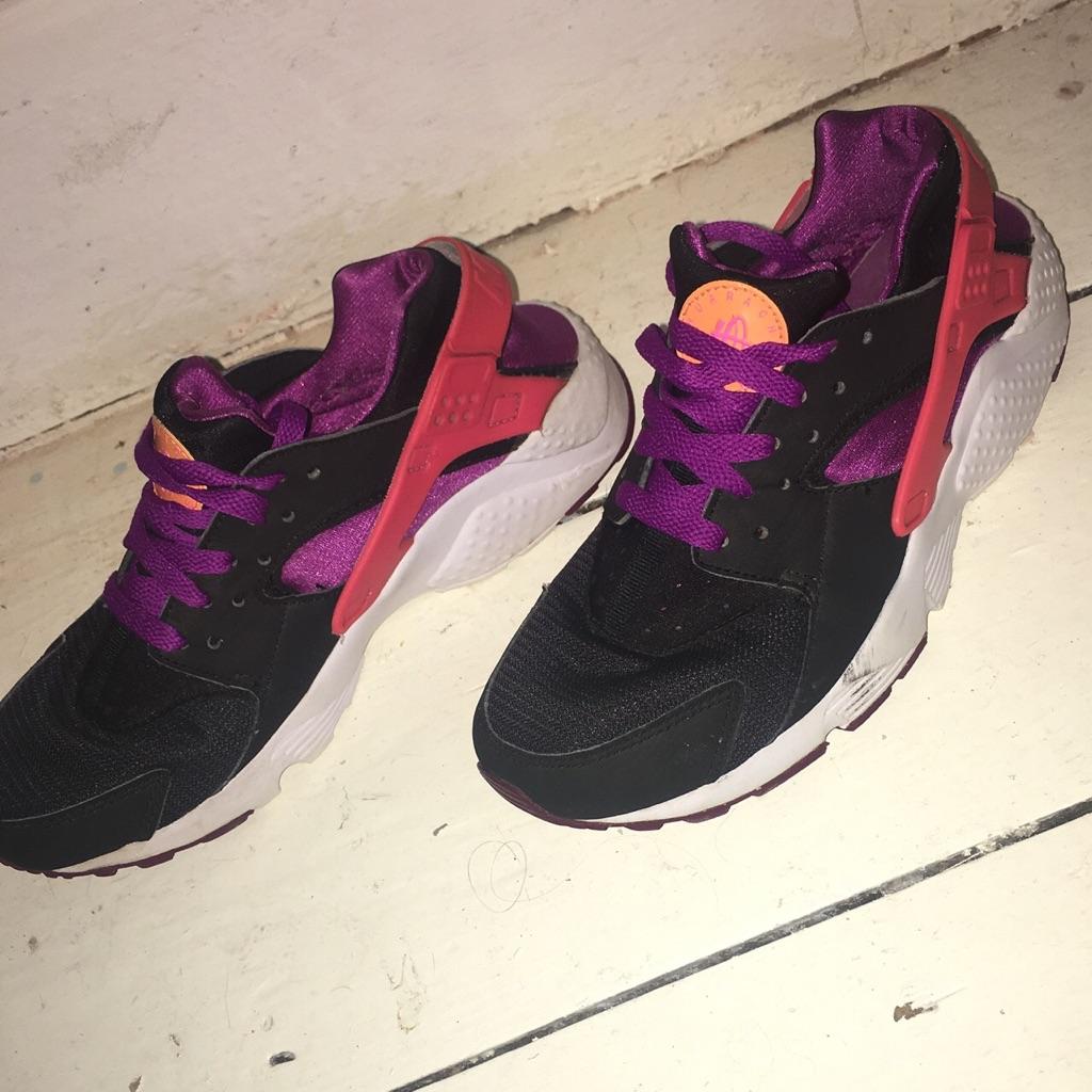Nike Pink and Purple Huaraches Size 5