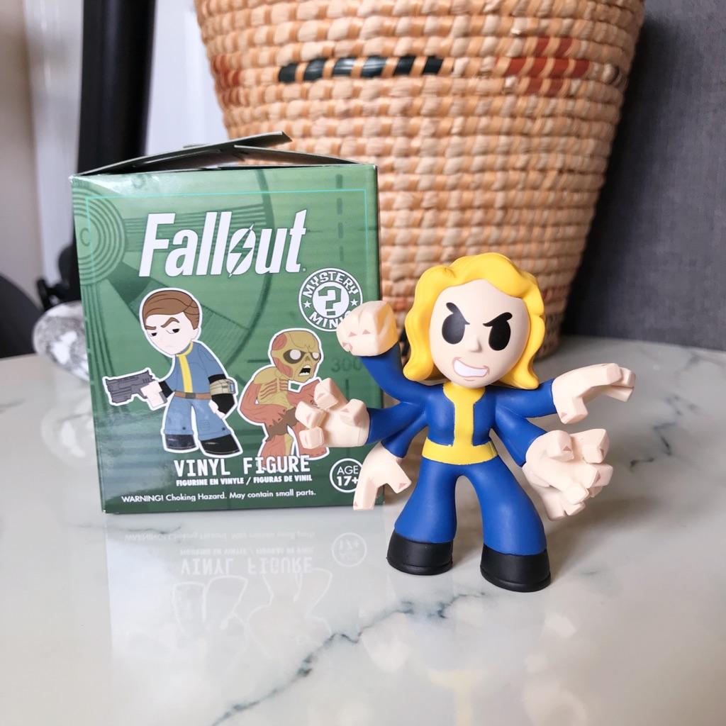 Funko Fallout Mystery Mini 'Black Widow Perk'