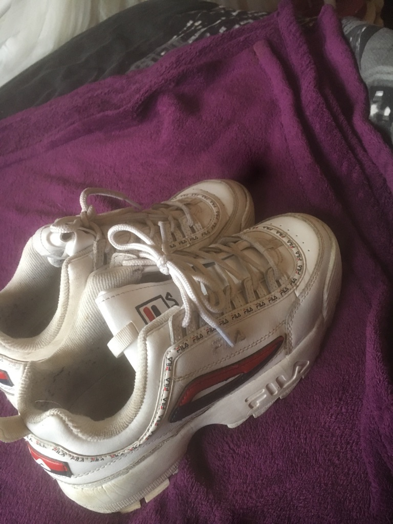 FILA shoes ,size 6