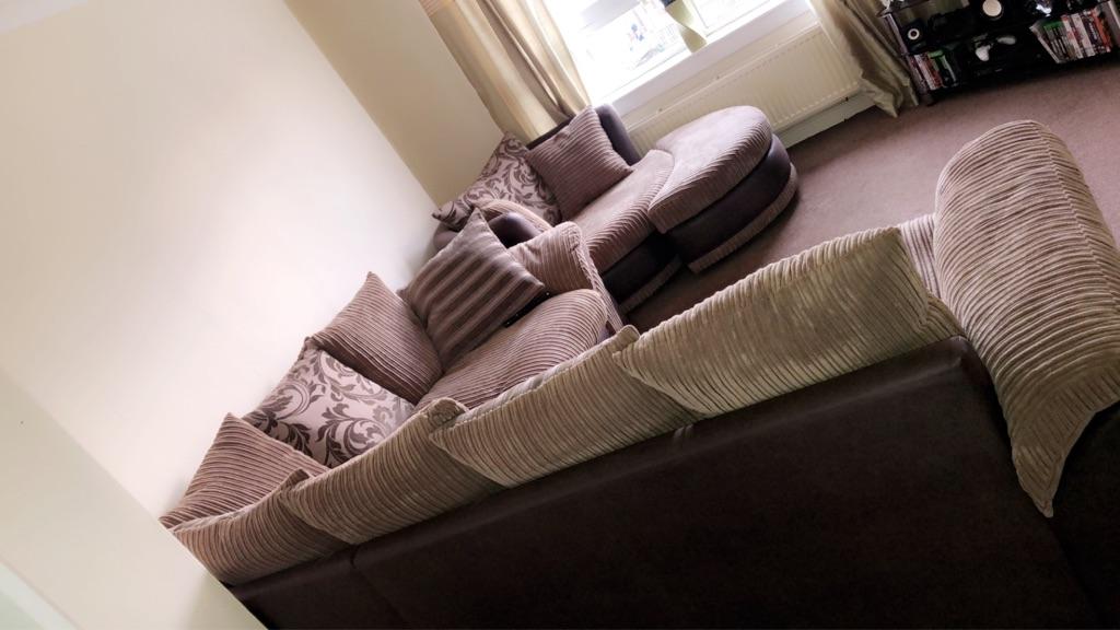 Large 3 piece corner sofa
