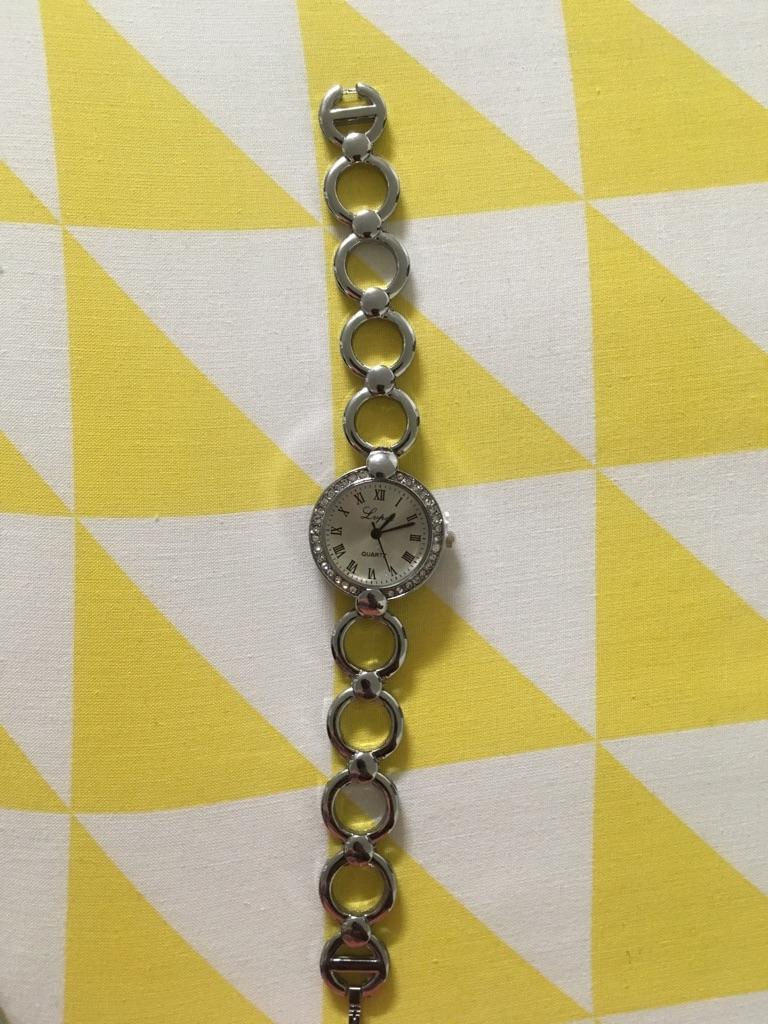 Lupa quartz watch