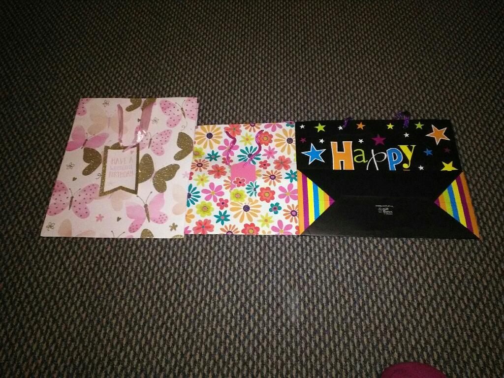 3 x giftbags