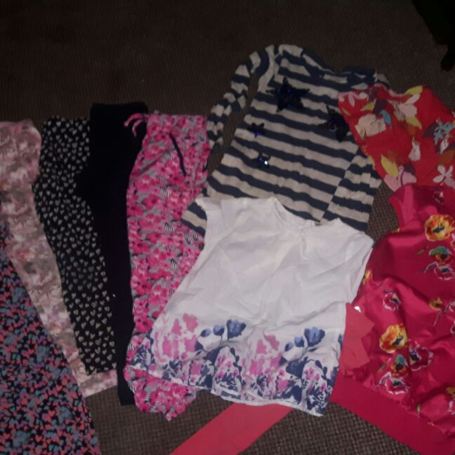 Girls clothes age 7 8 9