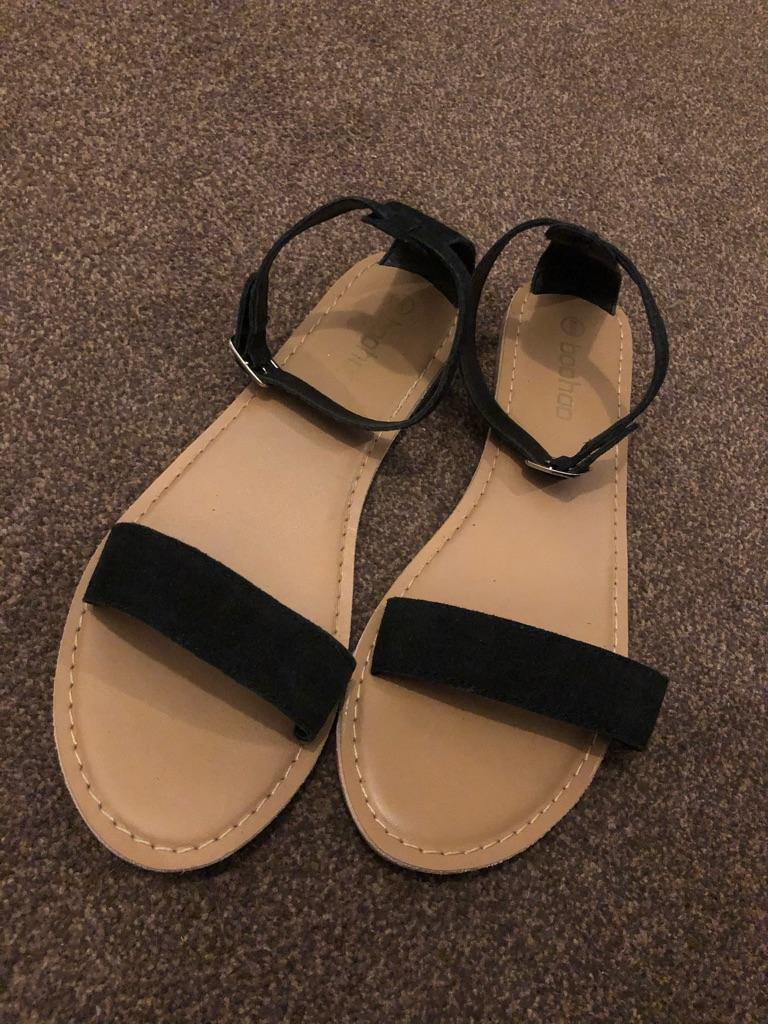 Size 7 Black sandals