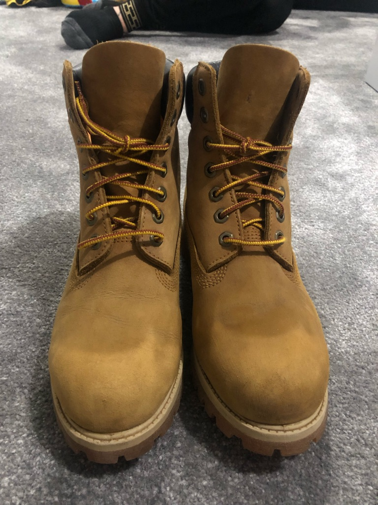 Tanned timberland boots size 8