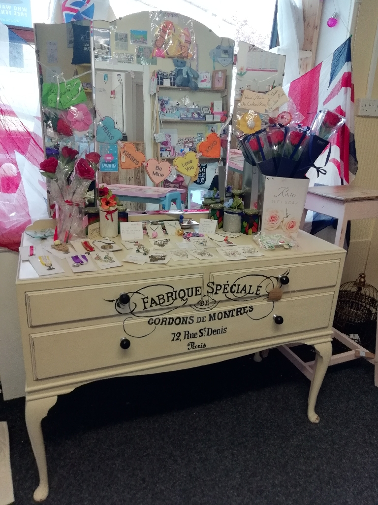 Antique French inspired Shabby chic dressing table and mirrors