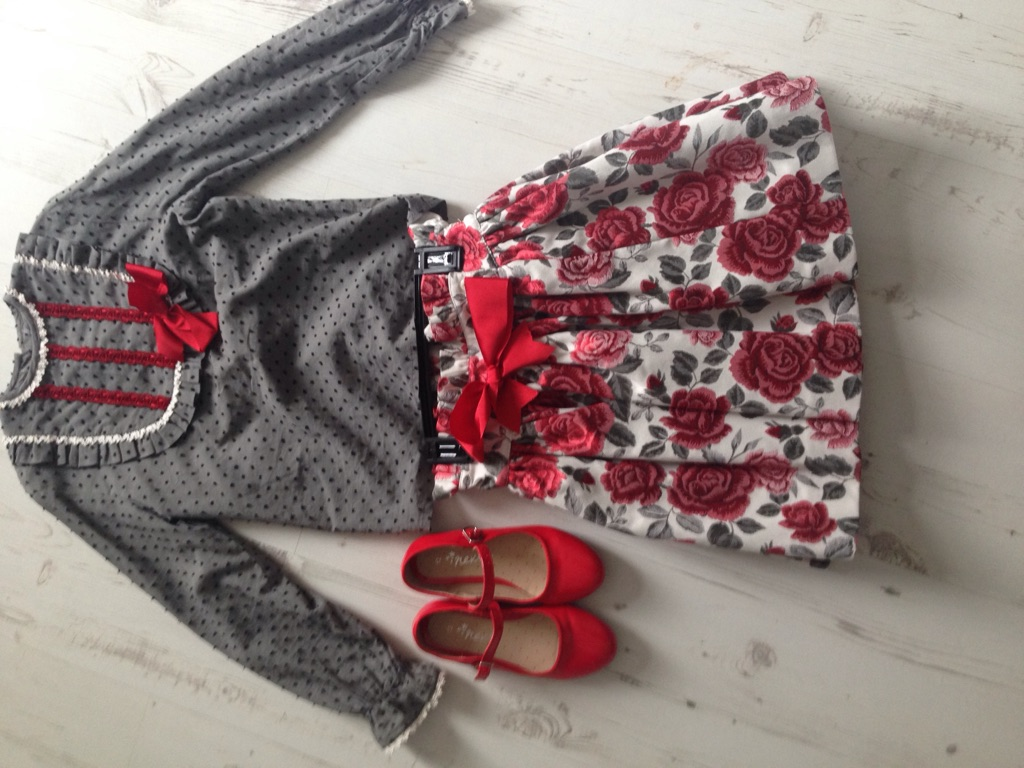 Girls leather converse and Spanish outfit