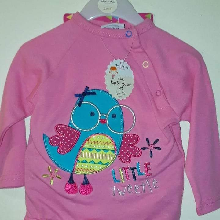 Girls top and trouser set with picture of a bird age 6-12 months