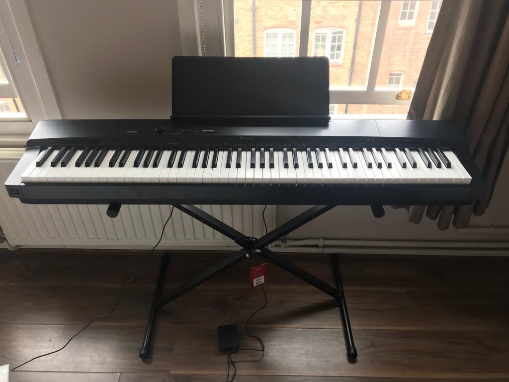 Casio Privia PX-160 Keyboard