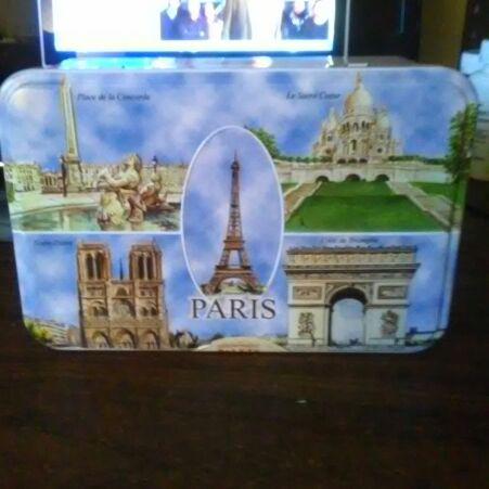 Paris metal box