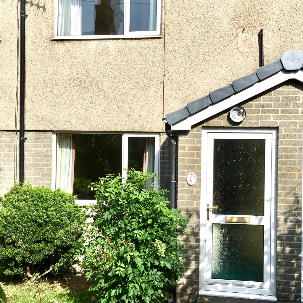 2 bedroom House to rent in Carnforth with gardens