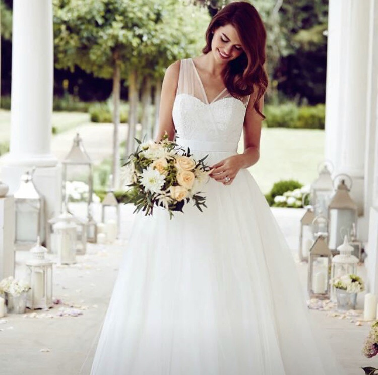 Wedding dress uk 6/8