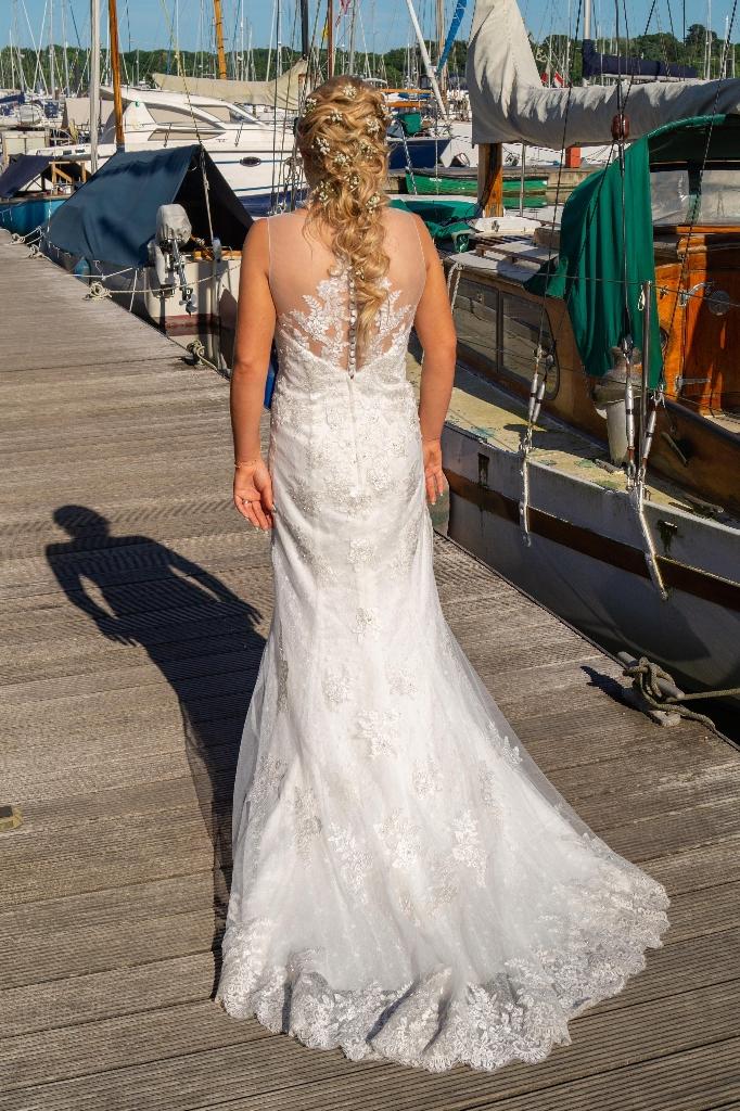 Wedding dress 10/12
