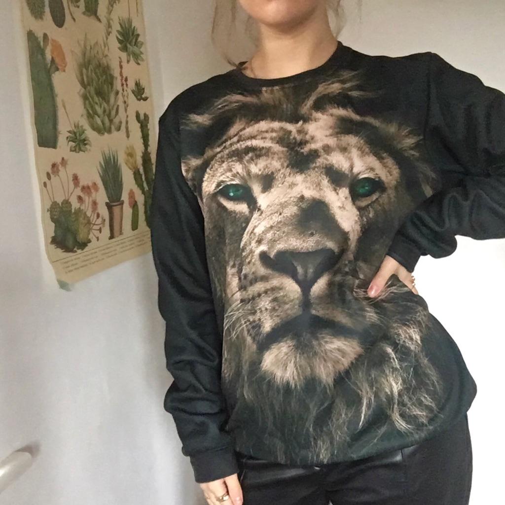 Lion Sweatshirt