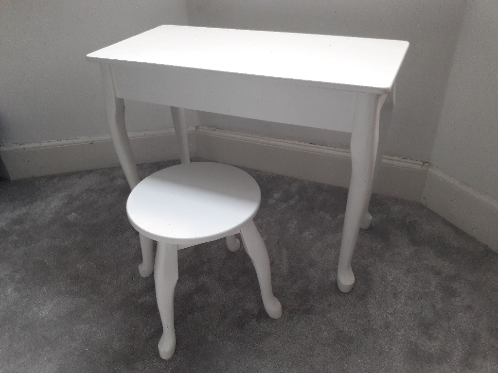 Children's Dressing Table with stool