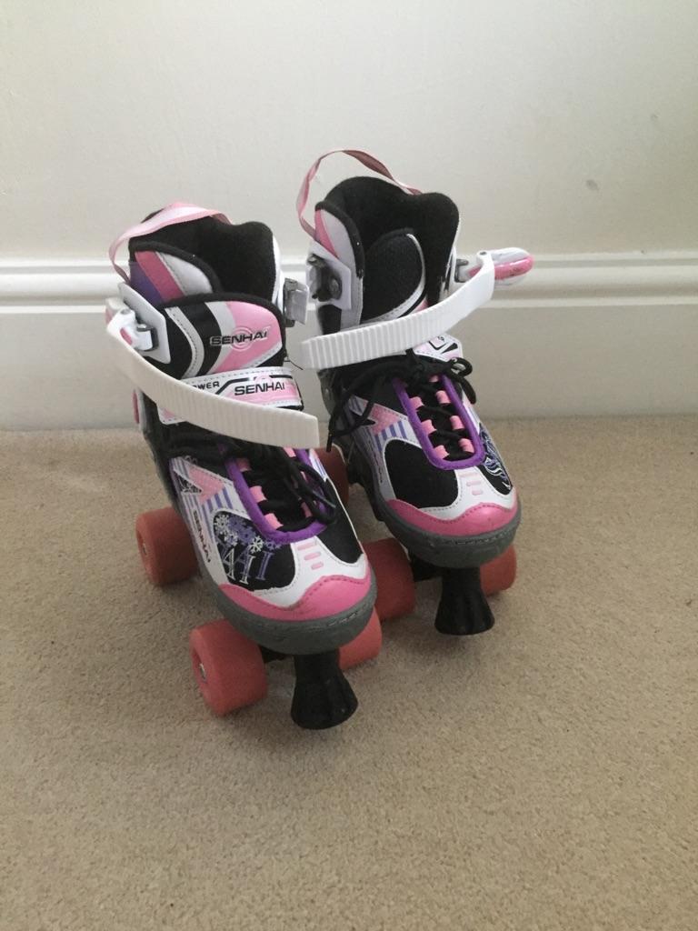 Roller skates *adjustable*