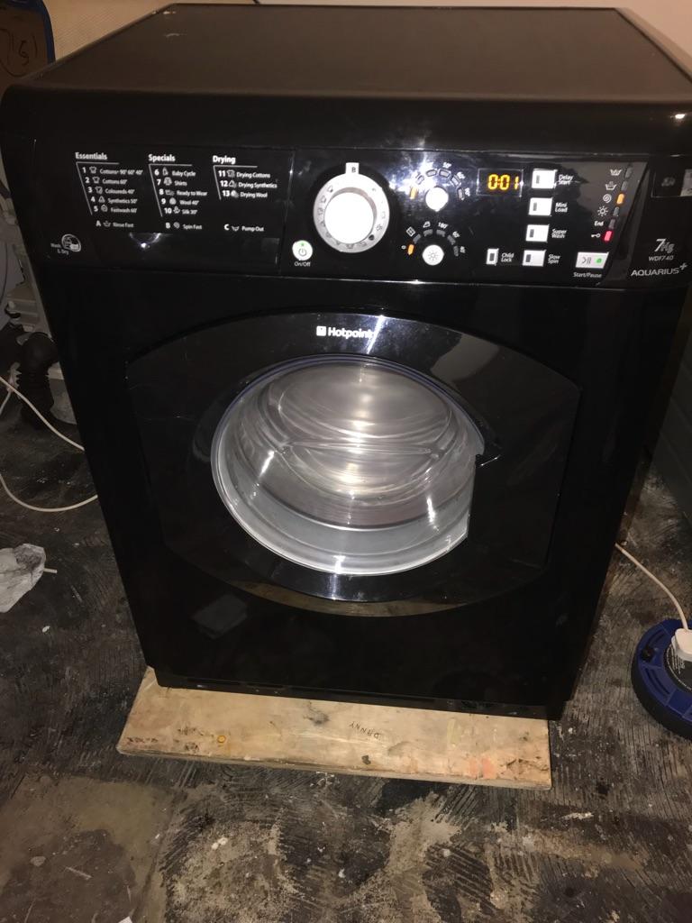 Hotpoint washer dryer WDF740