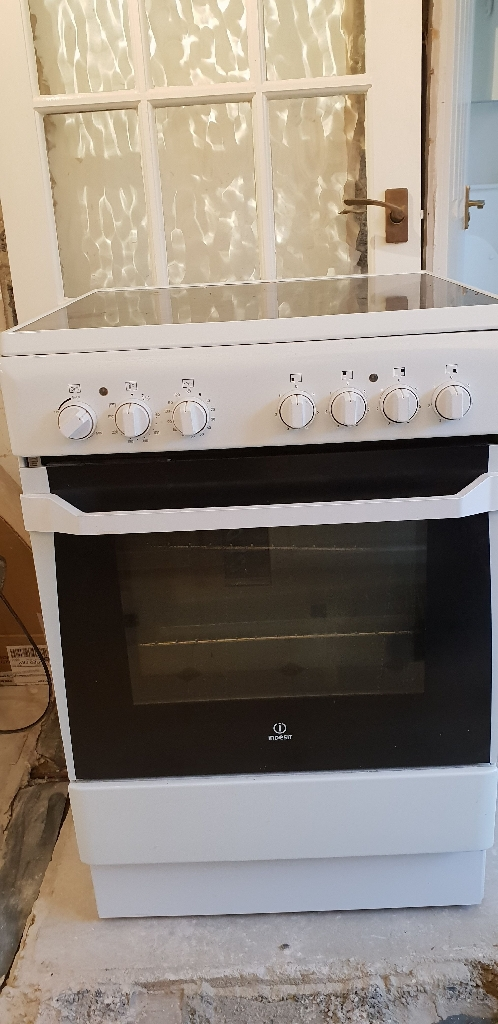 Indesit electric oven & hob
