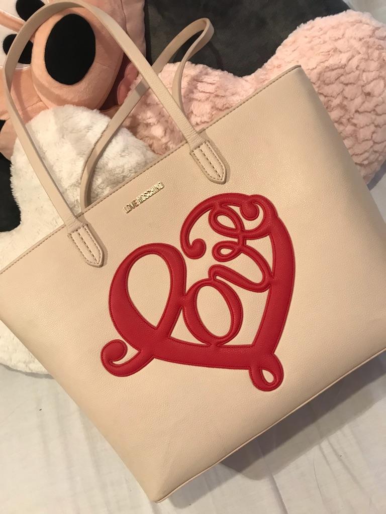 Love Moschino hand bag beige