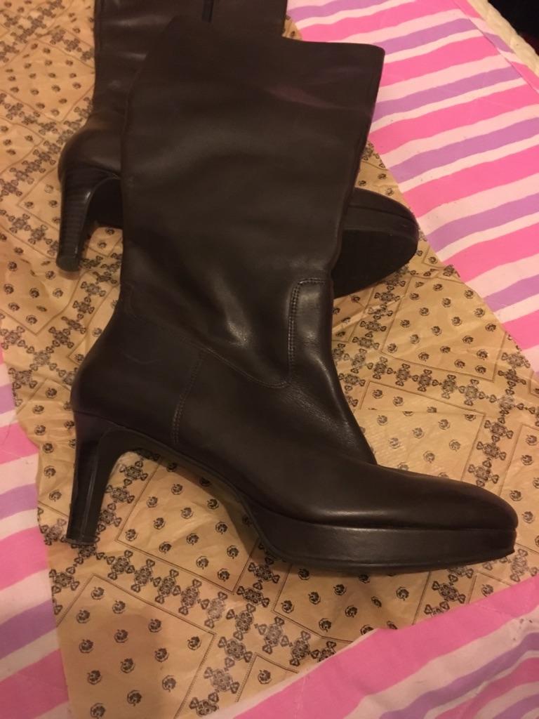 Rockport ladies boots