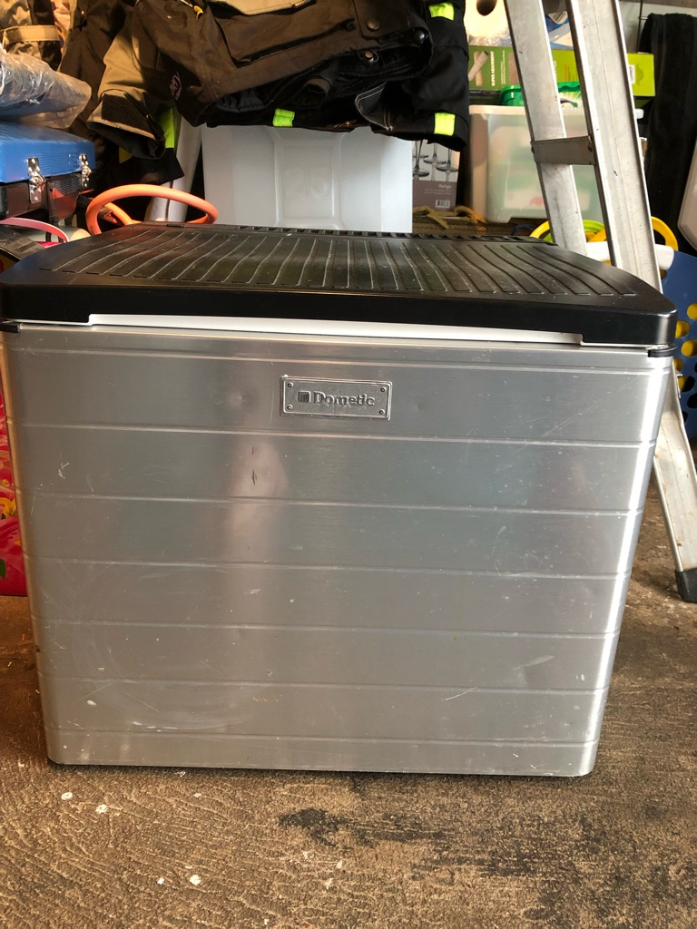 Domestic Cool Box
