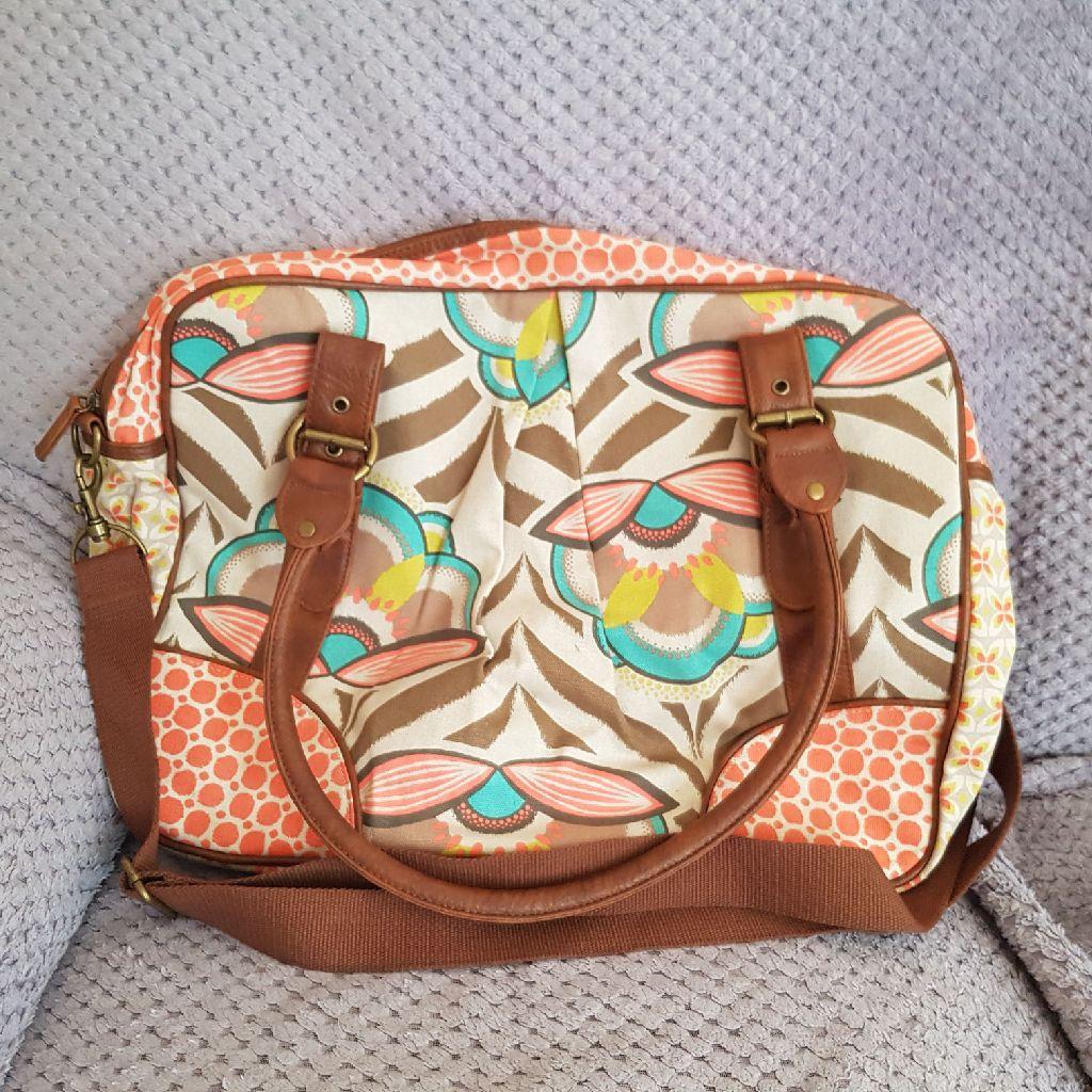 Acessorize travel bag