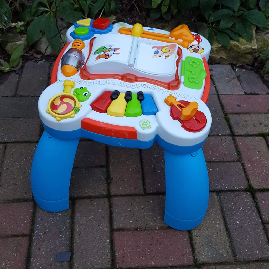 Leap frog learn and groove bilingual table