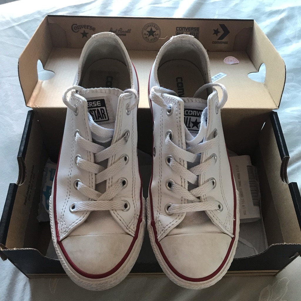 Converse size 1