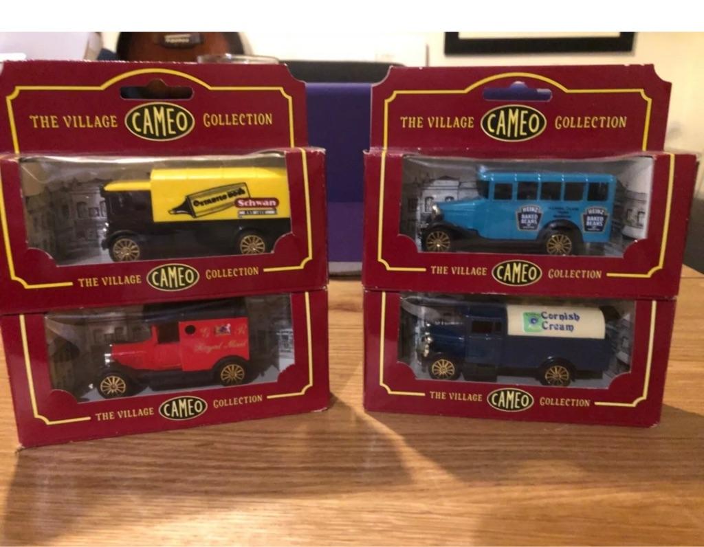 Corgi Model Vehicles The Village Collection Cameo QUANTITY: 4.